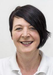 Dr. med. dent. Sieglinde Hattinger - Zahnarzt Innsbruck - Tirol - Pamela Fettner